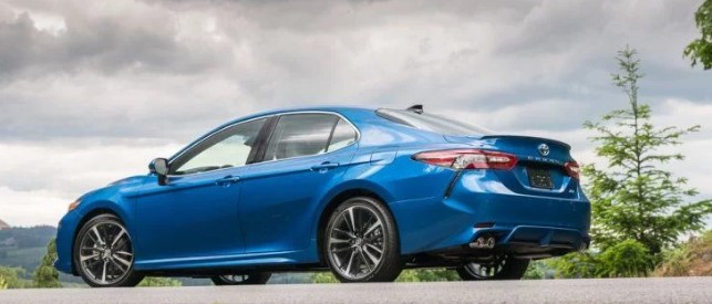 2019 Toyota Camry XSE V6 Auto Specs and Performance