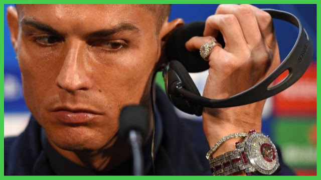 Cristiano Ronaldo flashes his expensive time piece