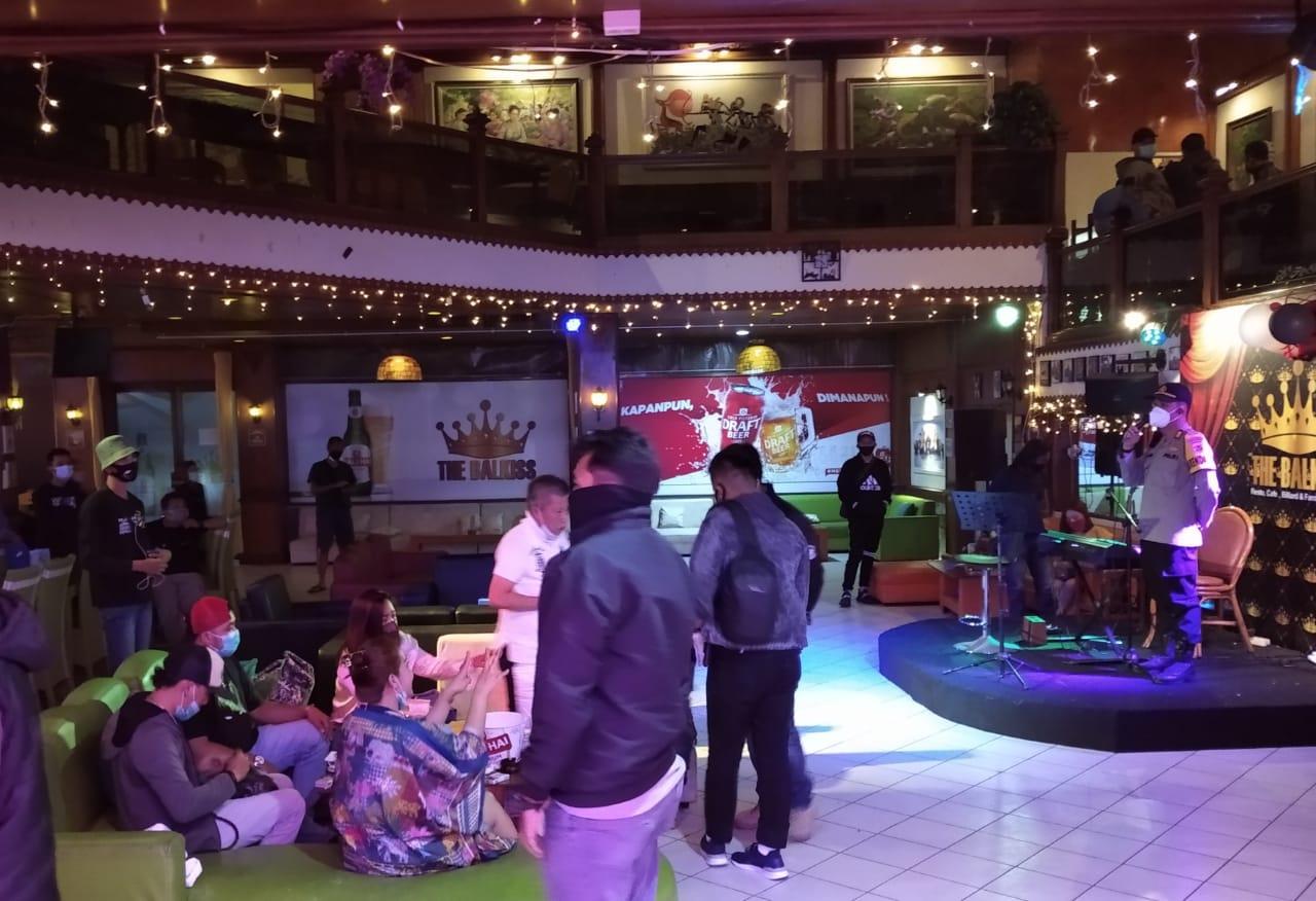 Polisi Temukan Alat Hisap Sabu di Room Karaoke, THM Sky dan Balqis Digrebeg Polisi
