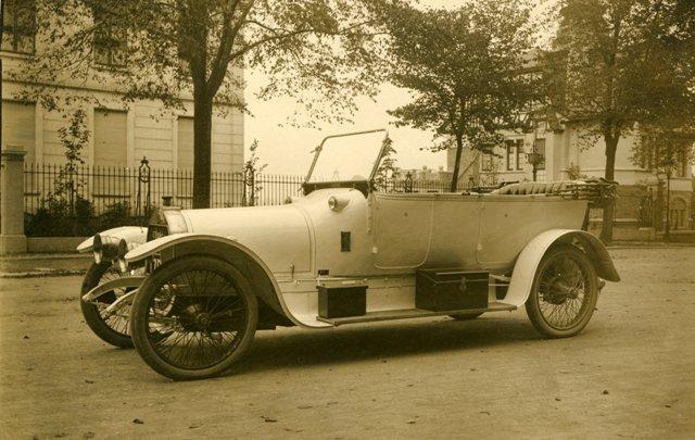 autos - photos  voitures de belgique --- adk - 1923