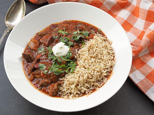 Herkullinen chili con carne naudanpaistista