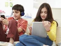 Pengaruh dan Bahaya Gawai terhadap Anak serta Remaja