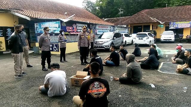 23 ABG Balapan Liar Diciduk, Polisi Sita Miras Dan Uang Taruhan Puluhan Juta