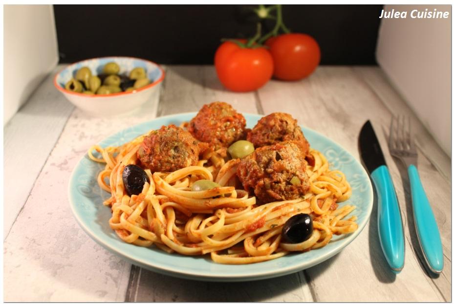 julea cuisine ma petite cuisine au quotidien boulettes de boeuf aux olives et pignons. Black Bedroom Furniture Sets. Home Design Ideas