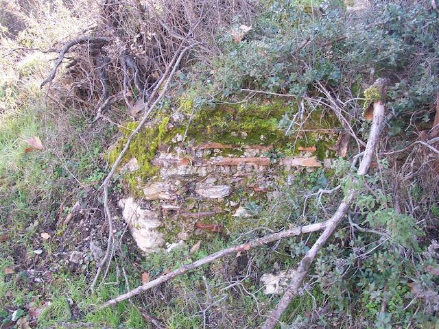 Eski yapı izleri