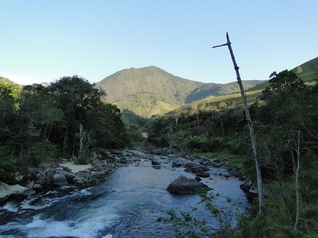 Caminho que leva ao Encontro dos Rios, Lumiar