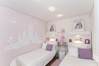 dormitorio en rosa y lila