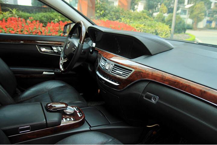 Xe khủng Mercedes S600 động cơ V12 rao giá 1 tỉ đồng tại Việt Nam