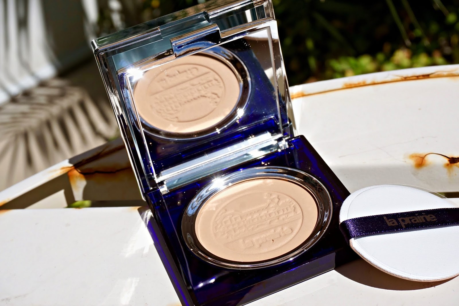 la prairie skin caviar powder foundation swatches