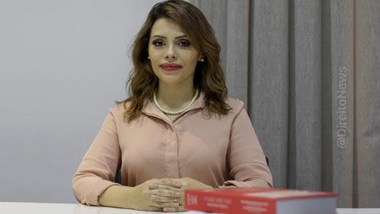 ativista defende direito mulheres filhos laqueadura