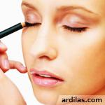 Tutorial & Tips Tata Cara Make Up Yang Simpel Baik & Benar