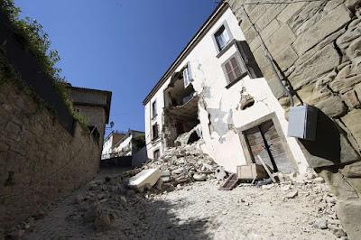 ilutrasi gambar gempa bumi