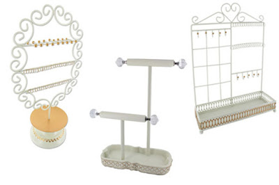 Shopping for a white jewelry displays and stands