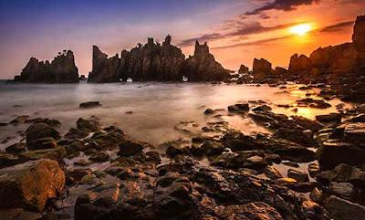 Sunset Pantai Gigi Hiu lampung