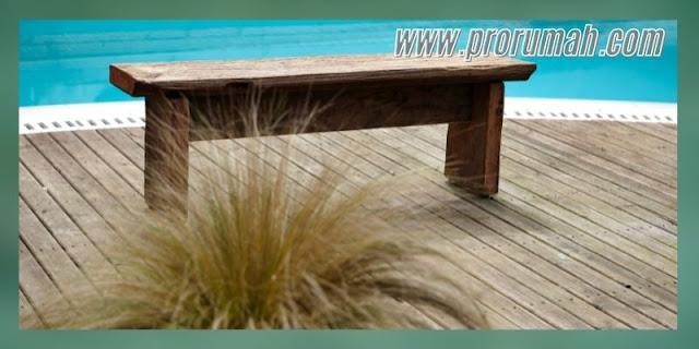 mempercantik desain kolam renang - menggunakan decking kayu wpc