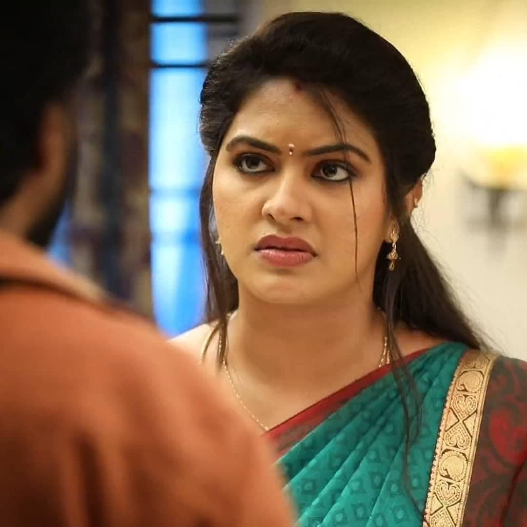 Rachitha mahalakshmi cute Expression, Hot TV Actress Tamil 1