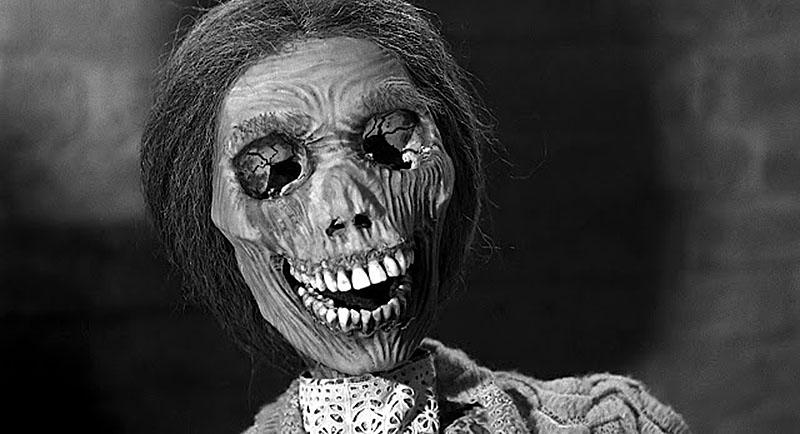 Мертвая женщиа из фильма Психо
