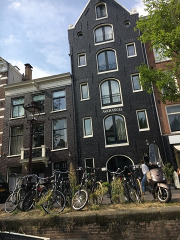 peniche boat Amsterdam Amstel river maison house