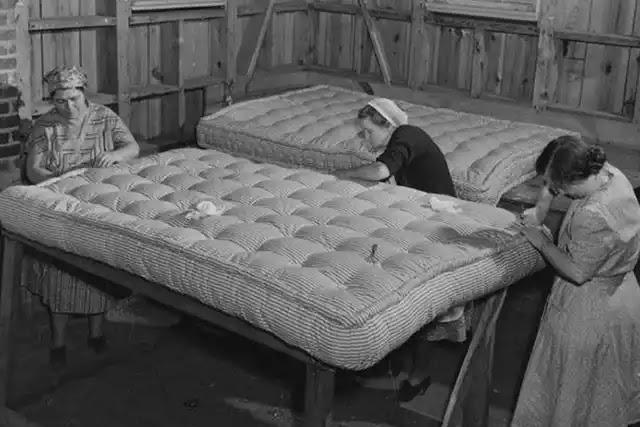 Çelik helezon yayın icat edilmesinin ardından yatak üretimleri hızlandı.