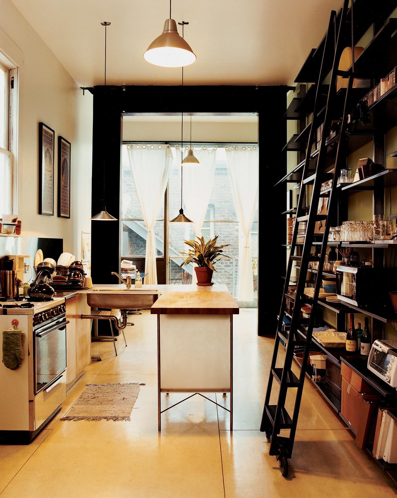 die wohngalerie offene k che im industrie look leicht mit ikea zu bewerkstelligen. Black Bedroom Furniture Sets. Home Design Ideas