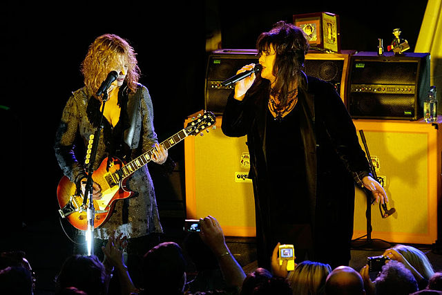 the end heart band ann nancy wilson