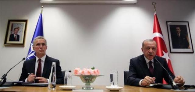 Турция ушла с конференции НАТО