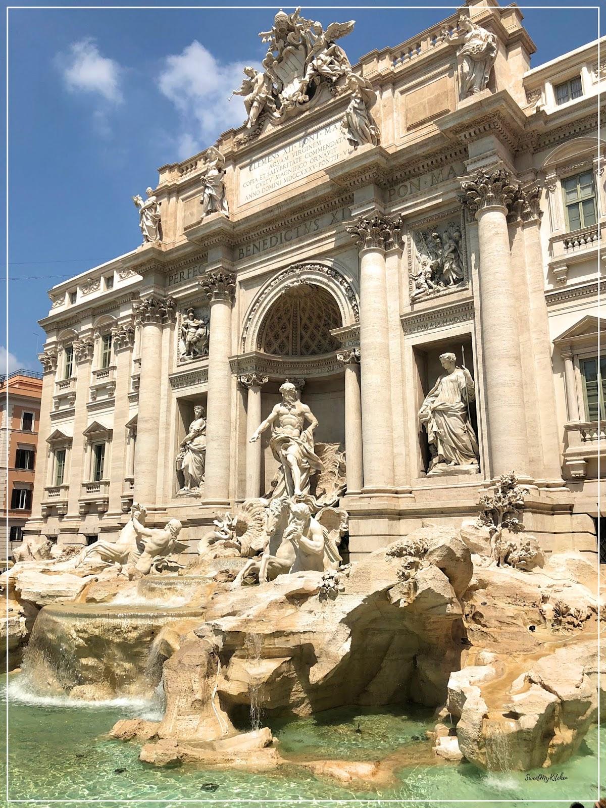 Fonte di Trevi Roma