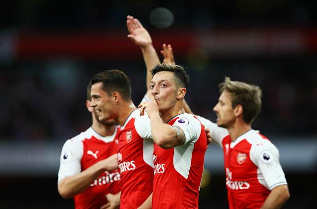 Özil et Arsenal victorieux de Chelsea sur le score de 3-0