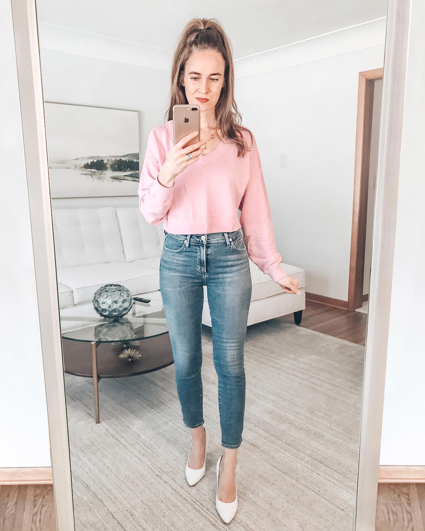 pink sweatshirt, skinny jeans, white heels, spring womens outfit