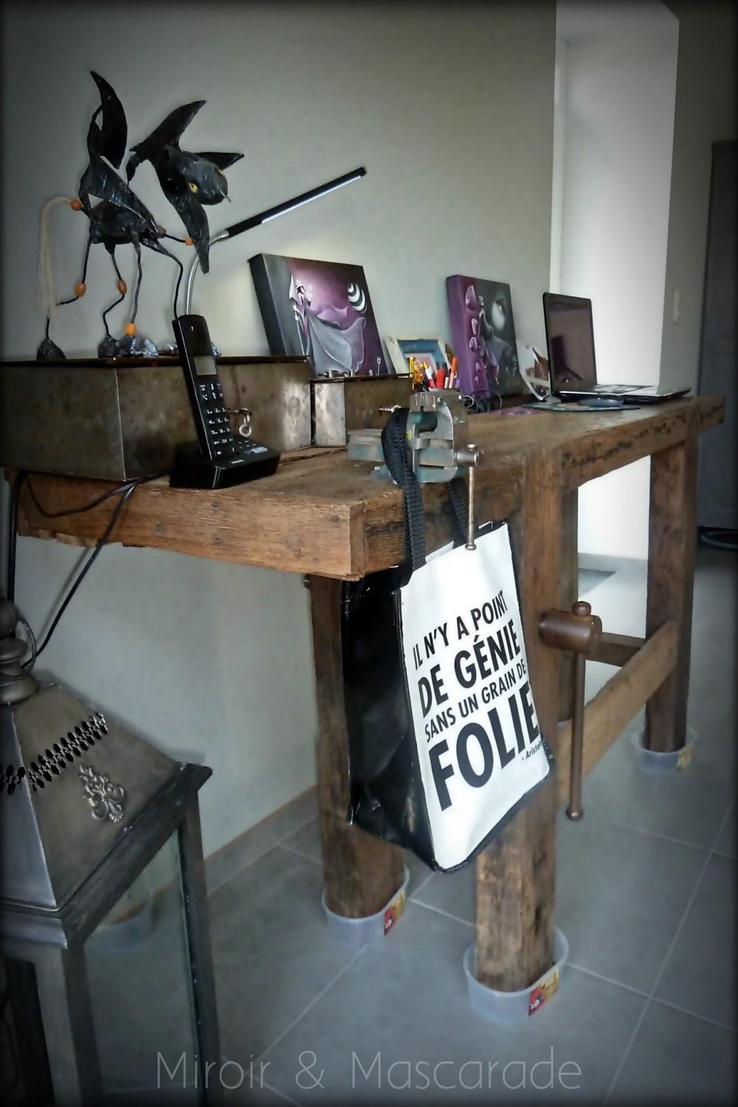 miroir et mascarade d tour d 39 un vieux banc de menuisier. Black Bedroom Furniture Sets. Home Design Ideas