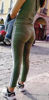 Linda flaca pantalones yoga calzon marcado