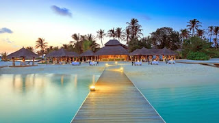 beach-honeymoon-destinations-maldives