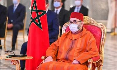 بفاس  يترأس صاحب الجلالة الملك محمد السادس حفل إطلاق تنزيل مشروع تعميم الحماية الاجتماعية وتوقيع الاتفاقيات الأولى المتعلقة به.
