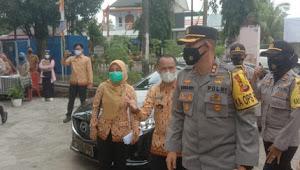 Kunjungan Kapolres Prabumulih ke Posko PPKM Berskala Mikro