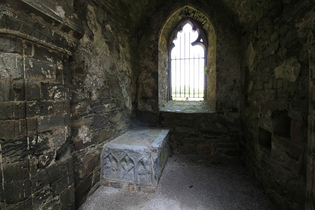 Stone Tomb Jerpoint Abbey