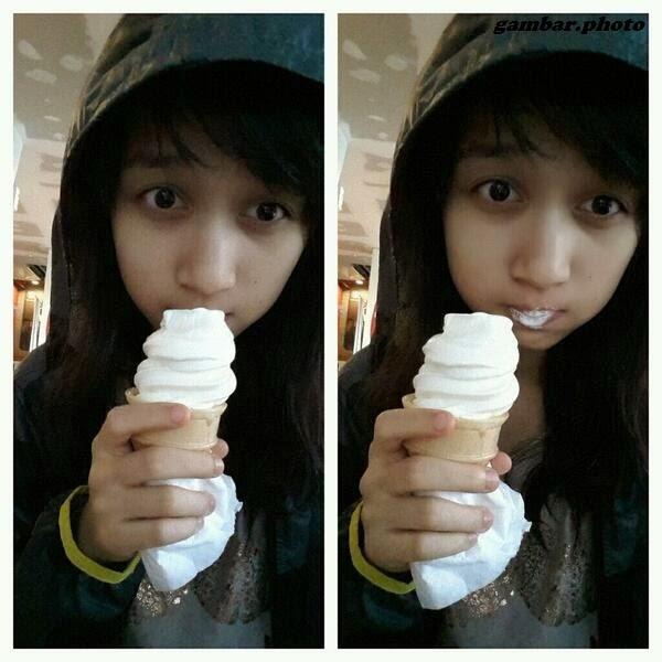 Ayana Shahab makan es krim