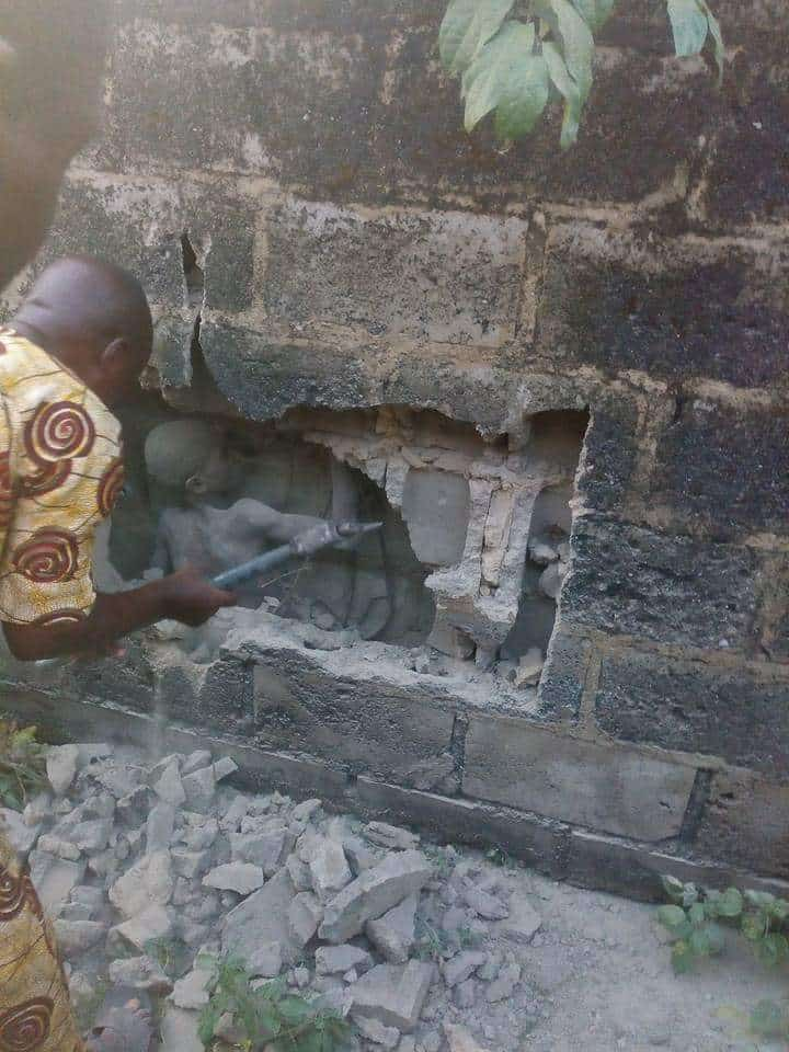 Mysterious  Boy Seen in Middle of a  Concrete Wall in Ondo State [Photo ] 1