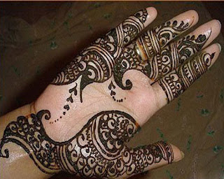 Beautiful-Arabic-Mehndi-Designs-for-Full-Hands-In-India-1