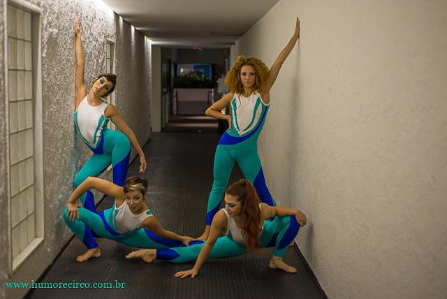 Produção de espetáculo de acrobatas em tecido de Humor e Circo para abertura de evento.