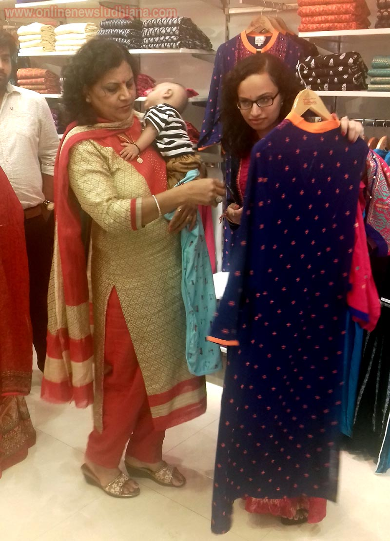 Ladies watching clothes during launching of Sabhyata's first store in Ludhiana