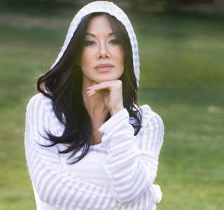 Sharon Tay, American Journalist