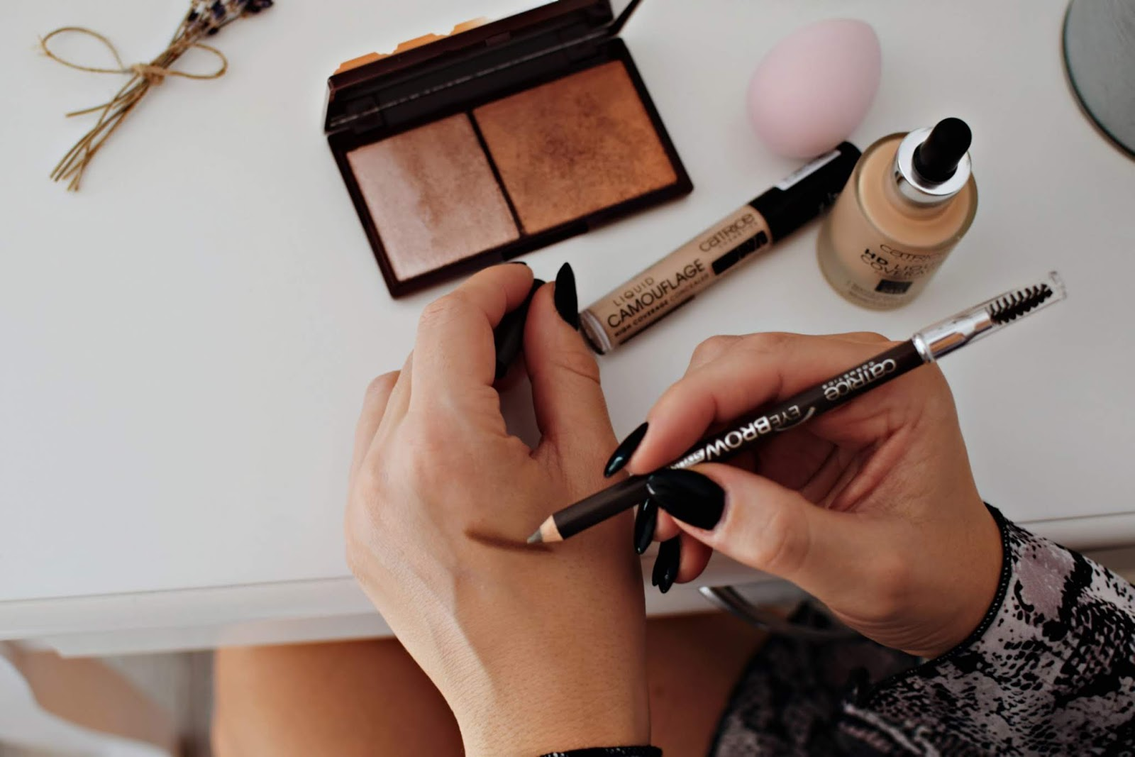 Makijaż kosmetykami Catrice