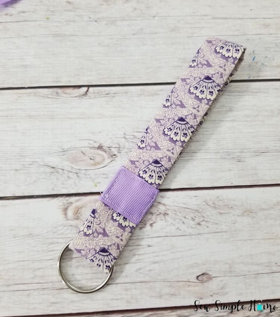 how to make fabric keyrings