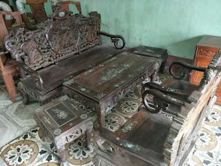 bàn ghế gỗ trắc giá bán