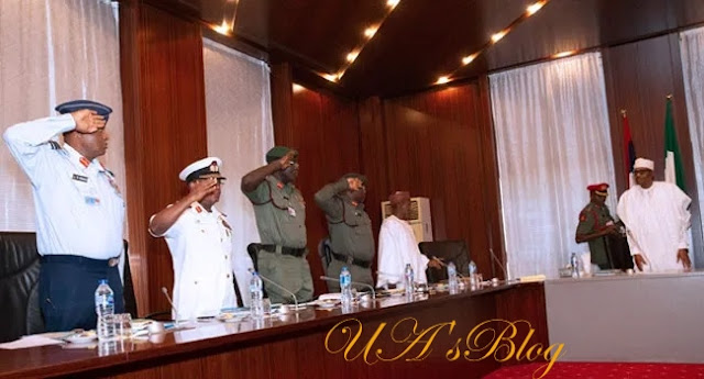 President Buhari And Service Chiefs In Closed-Door Meeting