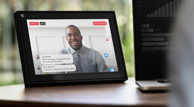 La caméra intelligente et le smart Sound alimentés par l'IA de Portal rendent les appels vidéo plus naturels, afin que vous puissiez vous sentir présent avec votre équipe.