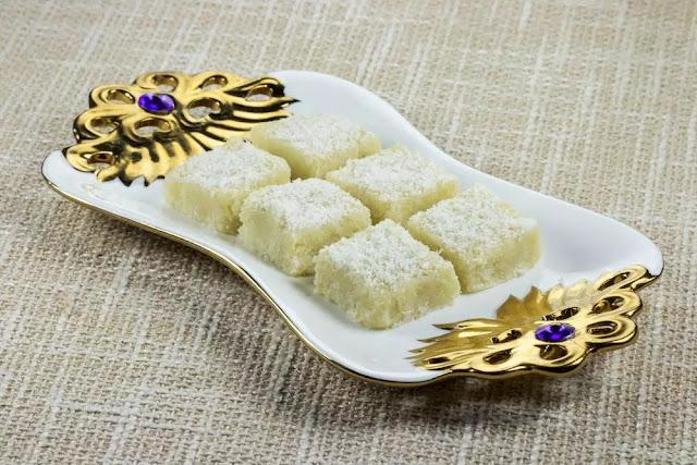 Nariyal Barfi Recipe in Hindi