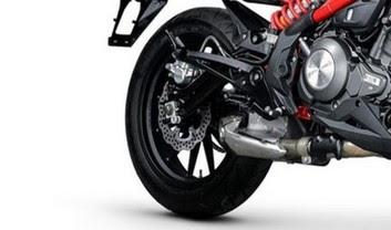 Benelli TNT 300 rear tyre