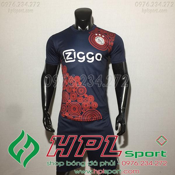 Áo CLB Ajax training màu đen1  2020