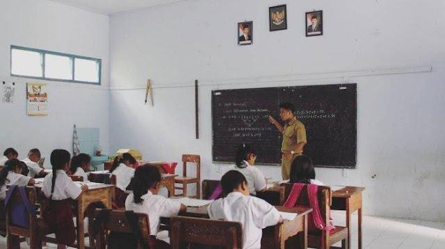 Kisah Budi, Guru Honorer di Purworejo, Bertahan dengan Gaji Rp 200 Ribu: Ini Panggilan Jiwa